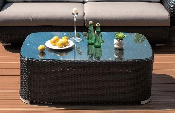 Enfin une table basse parfaite pour les ap ritifs - Meuble aperitif salon ...