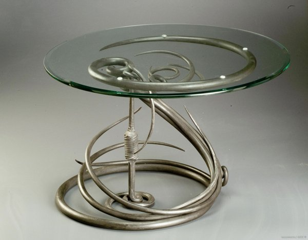 Table basse design en fer forg for Table ronde verre fer forge