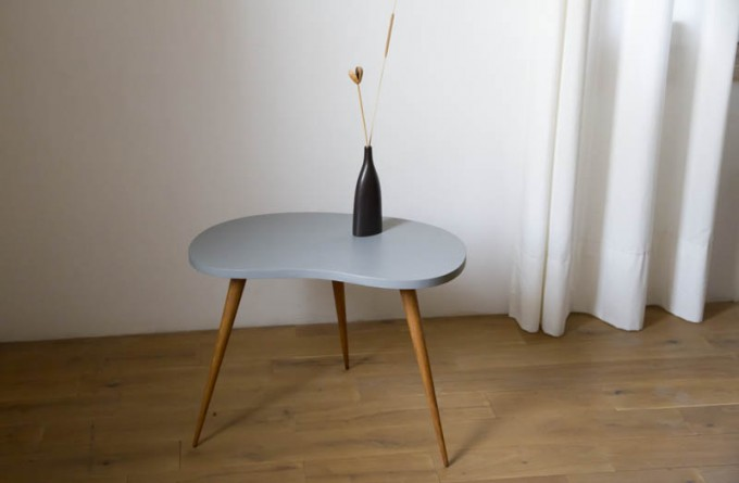 table-tripode-haricot-01