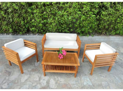 D corer le jardin avec une table basse for Entretien d un salon de jardin en acacia